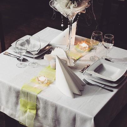 restauracja skawina stolik kolacja romantyczna pod irysami